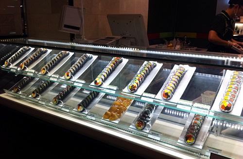 ロッテ(ピョンチョン店)デパ地下でおいしいキムパ!「チャンサングンキムパ」