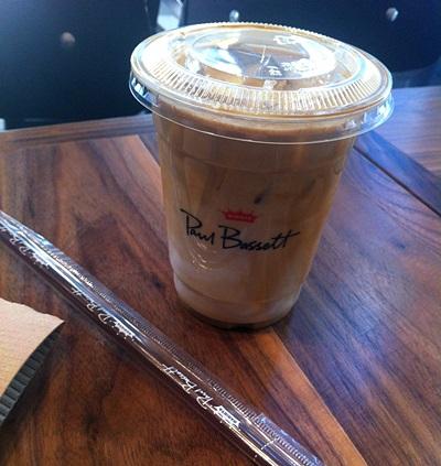 バリスタ世界チャンピオンのカフェ「Paul Bassett」クロデジタル団地駅