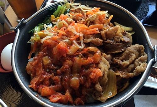 すき家の新メニュー「鍋焼ビビンバ定食」食べてみました!