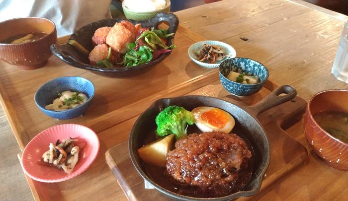 福岡に住む韓国人の日常 ローソンスイーツ餅食感ロール(ごまみたらし)博多キッテBTSの韓国コスメ...